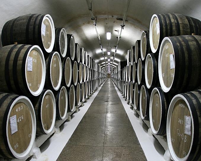 На Кубани могут упростить систему контроля за производством вина