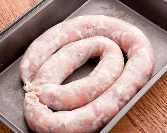 Колбаса в домашних условиях в кишках из говядины